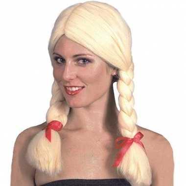 Blonde heidi pruiken carnaval