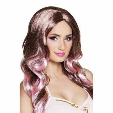 Bruine damespruiken roze punten carnaval