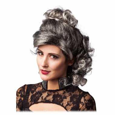 Grijs/zwarte half lange haren pruik krullen carnaval