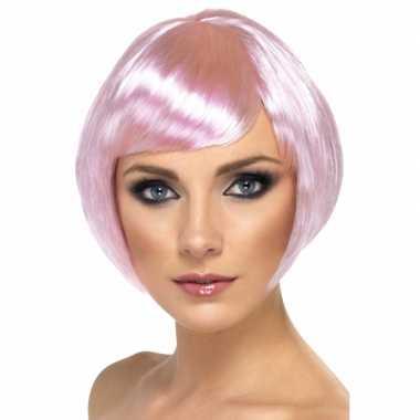 Korte roze damespruik carnaval