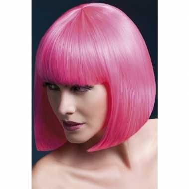 Roze korte pruik pony dames carnaval