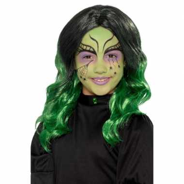 Zwart groene kinderpruik krullen carnaval